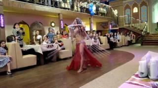 Безумно красивый танец живота с элементами шоу! Лилия Гиматдинова 2017
