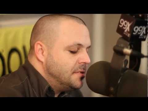 Justin from Blue October plays Hate Me acoustic at 99X