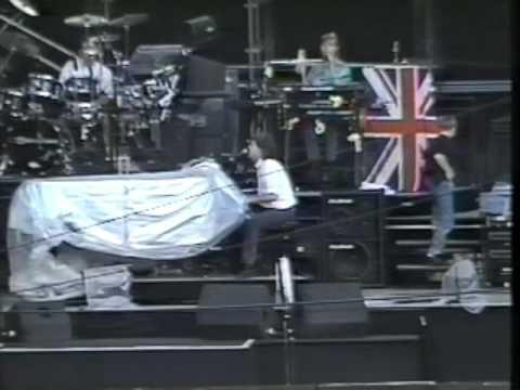 Paul McCartney Live At The Maracana Stadium, Rio de Janeiro, Brasil (Saturday 21st April 1990)