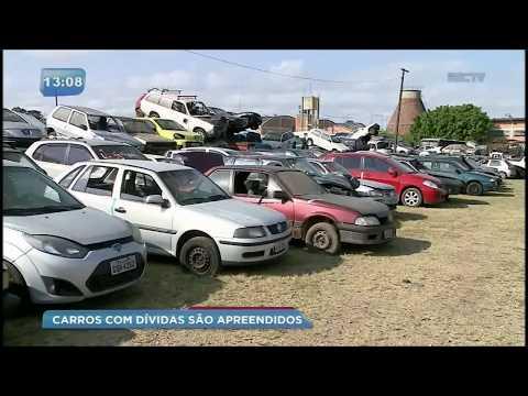 Veículos apreendidos em fiscalizações se acumulam no pátio do Detran