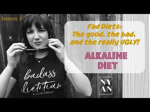 Registered Dietitian reviews the popular Alkaline Diet