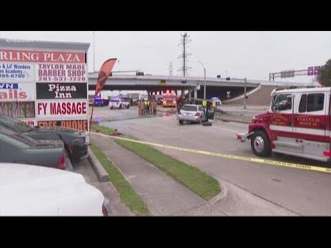 3 dead, several others injured in crash on Antoine at Beltway 8 feeder road