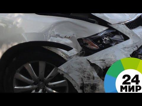 В Красноярском крае легковушка столкнулась с грузовиком, три человека погибли