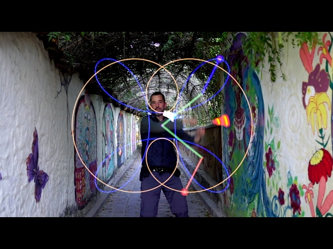 Poi spinning: Linking 4 buzzsaw flower combos together with poi fu!