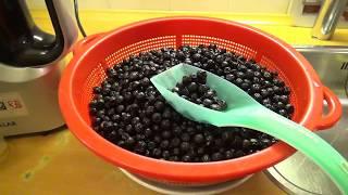 Сок из черноплодной рябины, аронии с помощью шнековой соковыжималки.Эп.№ 103