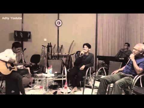 Ariel, Lukman, David ft Iwan Fals - Yang Terlupakan (Akustik) @DELTA F.M 23 Desember 2015