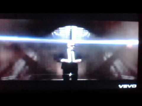Pitbull-Black In Time clip officielle (Men In Black)