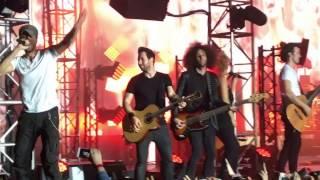 Download Enrique Iglesias - Bailando live / in Prague ( Czech Republic ) Mp3 and Videos