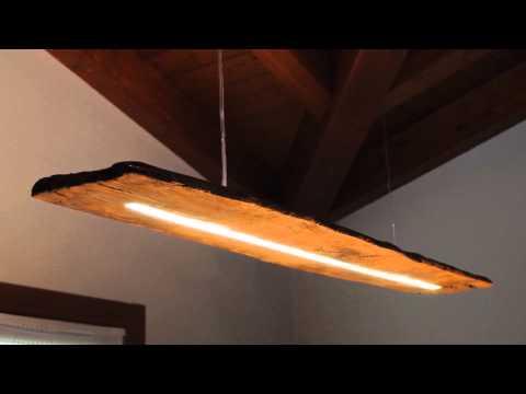 Eco-Lampada realizzata su una vecchia tavola di legno