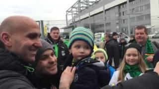 Selfie Alarm bei Borussia Mönchengladbach Andre Schubert ist der gefragte Trainer Star