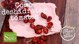 Cómo deshidratar tomates en casa | Tomates secos saludables Deshidratar tomates es una excelente manera de almacenarlos a largo plazo; una vez ...