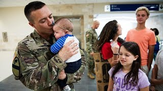 Repeat youtube video Soldier Meets Baby for First Time Compilation 2013