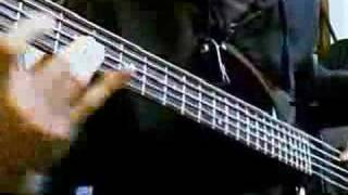 Radiohead - Jigsaw Falling Into place Bass Cover