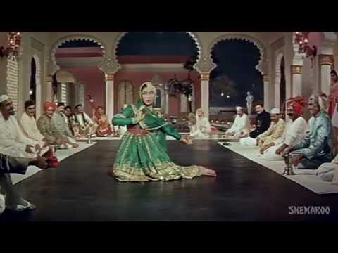 Thare Rahiyo  HD Film:Pakeezah - Meena Kumari - Old Hindi Song