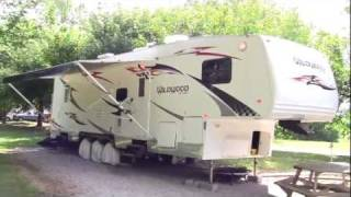 2007 лісові річки Уайлдвуд 356 СРВ іграшка евакуатор п'яте колесо