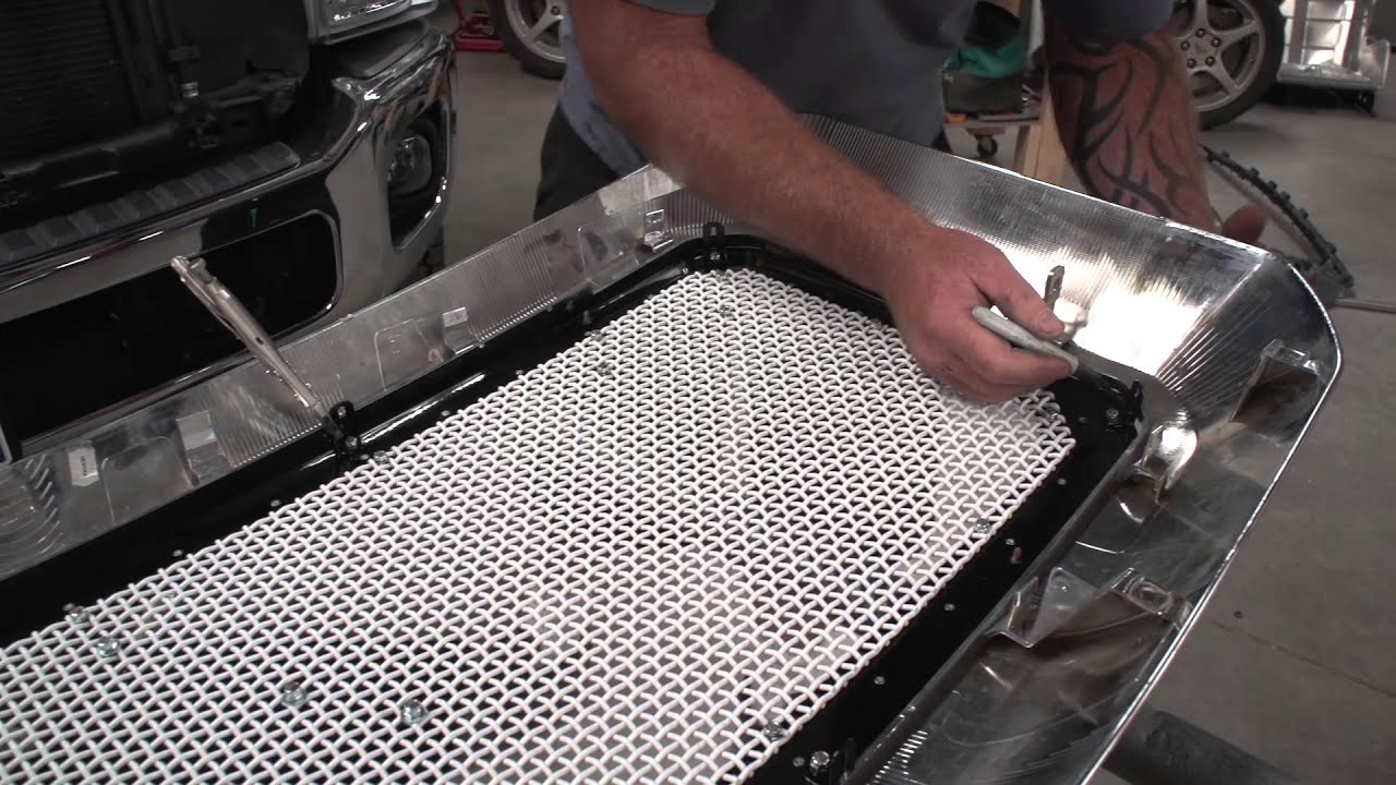 2011-2014 Ford F250 F350 Status Grille install video. - YouTube on