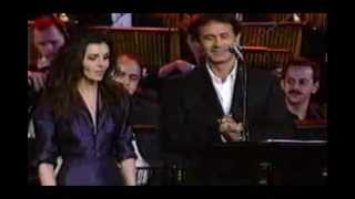 Emma Shapplin & George Dalaras - Spente le Stelle (live).mp4(Emma Shapplin & George Dalaras - Spente le Stelle (live), 2012-03-19T21:54:35.000Z)