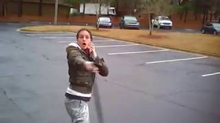 Repeat youtube video Spanish girl and boyfriend get violent. Won't pick up after dog.