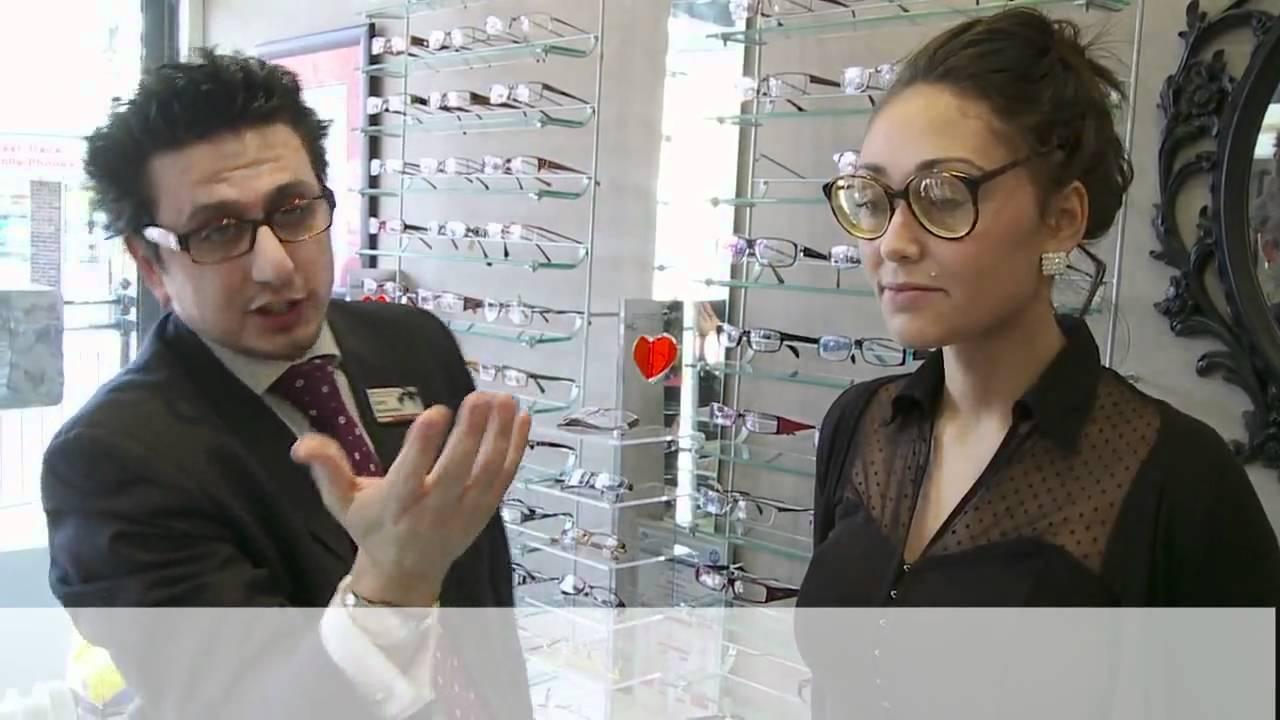 How to Choose Eyeglasses : Eyeglass Frames in 60 sec - YouTube