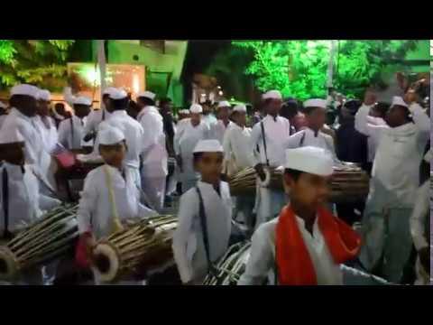 Pt. Ashokji Maharaj Panchal, Padmashri Anna Hazare_M.L.A Mahesh Dada Landage EntryRally 300 Pakhawaj
