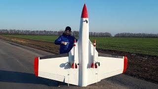 Реактивный самолет - краш аэродрома и запуск ракет с борта