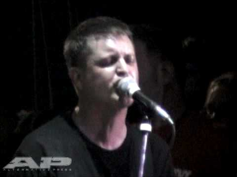 Dillinger Four - A Jingle For The Product live at the Fest 7