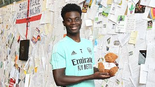 """""""How do I even say thank you for all of this?""""   Bukayo Saka reads fan letters of support ?"""