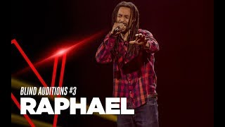 "Raphael canta ""With My Own Two Hands"" di Ben Harper nella terza Bli..."