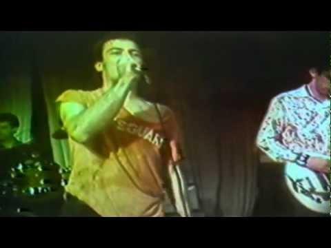 Dead Kennedys (San Francisco 1979) [01]. Drug Me (Mabuhay Gardens)