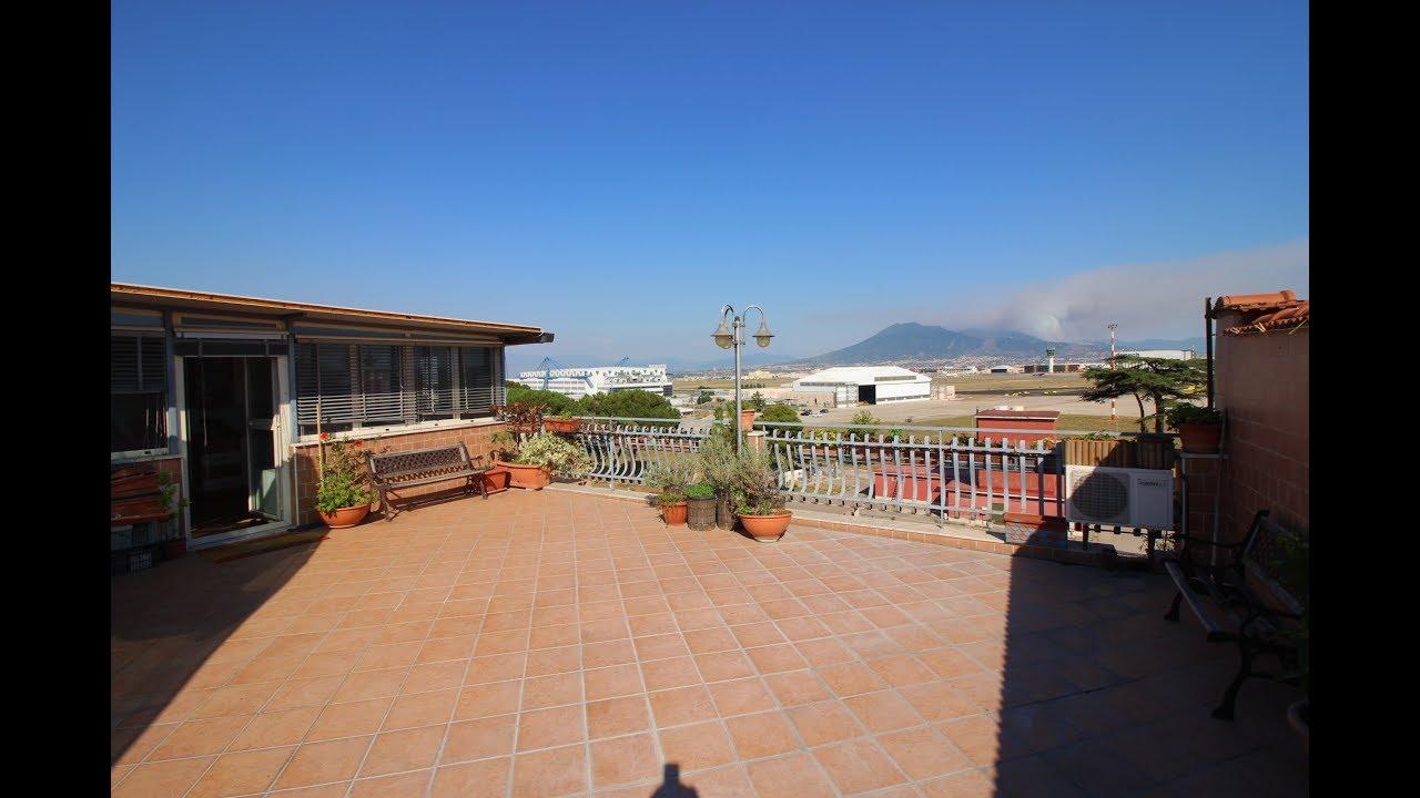 Appartamento in Vendita a Napoli con Terrazzo - Via Francesco de ...