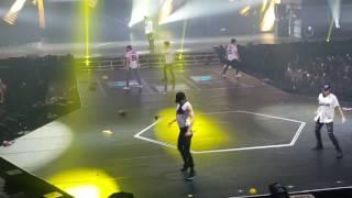 (Fancam) 250217 - EXOrDIUM in Manila - Lucky One ( Kai & Xiumin)