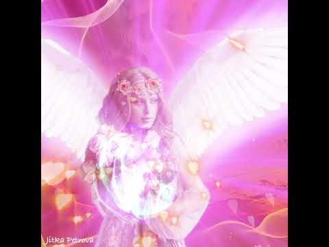 Rosa Energie Für Herzöffnung. Pink Energy For Heart Opening.