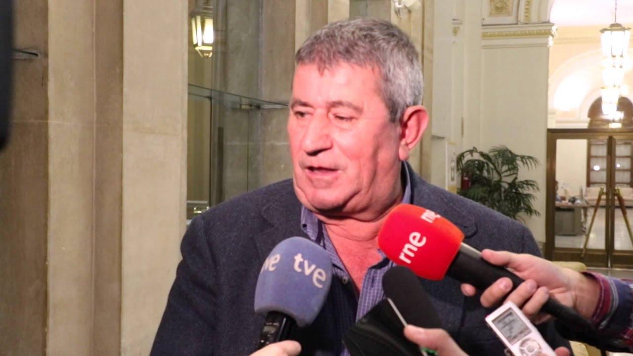 Lorenzo Ramos, presidente de UPA, declarando ante los medios