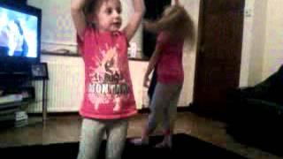 Kids raving to ditton dj erayzor live