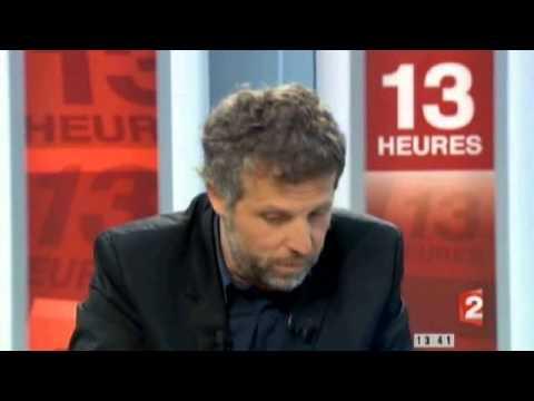 Stéphane Guillon Ridiculise Sarkozy En Direct Au JT Du 13h