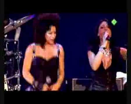 DI-RECT & BELLE PEREZ - Rollercoaster (Live @ VVAL)