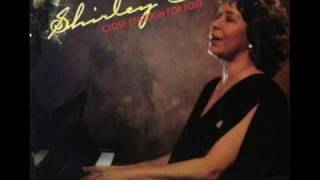 Watch Shirley Horn I Wanna Be Loved video