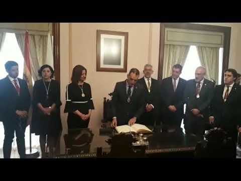 O novo alcalde de Tui realiza a Ofrenda do Antigo Reino ao Santísimo