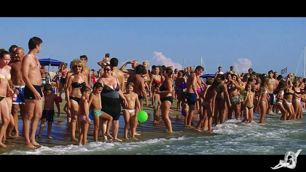 Bagno nettuno beach club viareggio youtube