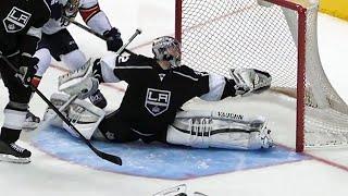 NHL: Goalie Splits Saves