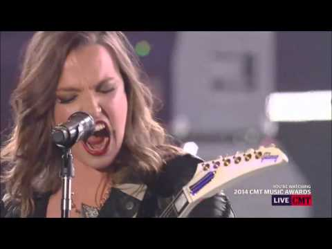 "Remember When Eric Church Brought Lzzy Hale To The CMT Awards For ""That's Damn Rock & Roll""?"