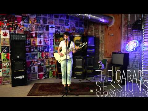 The Garage Sessions // Arum Rae