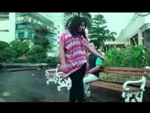 Eggy Band - Kau Memang Beda (Mpeg4) (Versi Preview)