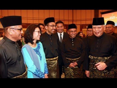 Melaka exco members sworn in