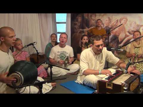 Киртан Махимарнава прабху - Нектарный танцевальный маха - киртан