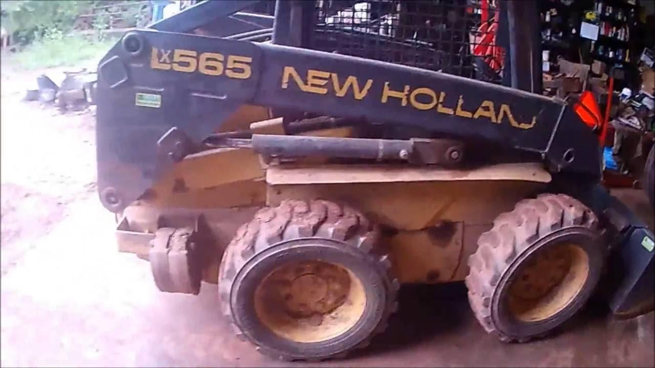 New Holland Lx565