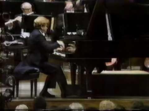 (Gilels)Tchaikovsky Piano Concerto No.1 Mvt I (1/2)