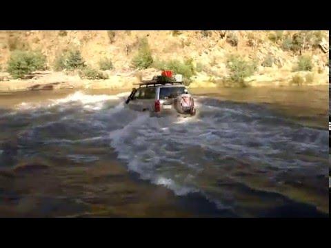Insane Nissan Patrol try traverse a Lake