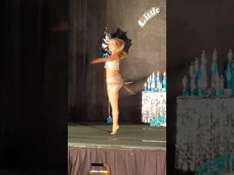 Melanie Mae - Christina Aguilera acapella Beautiful