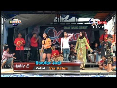 Bandar Judi  Vocal - Via Valen